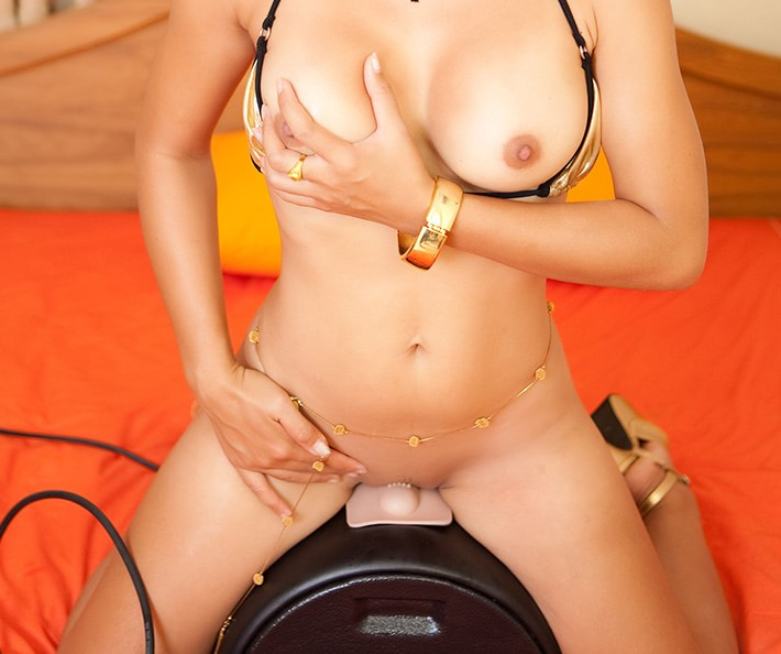 First time on sybian - has multiple orgasms
