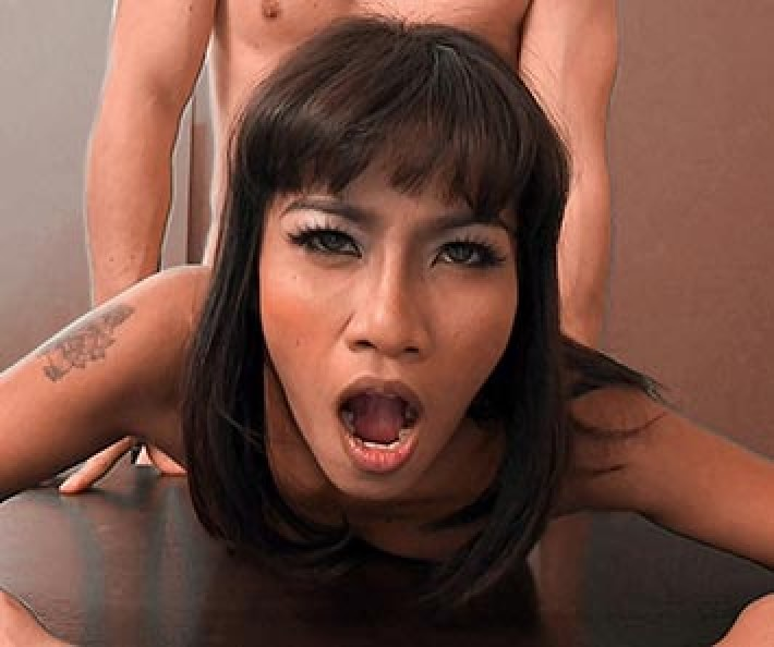 Instantly hired as she receives jizz in her mouth
