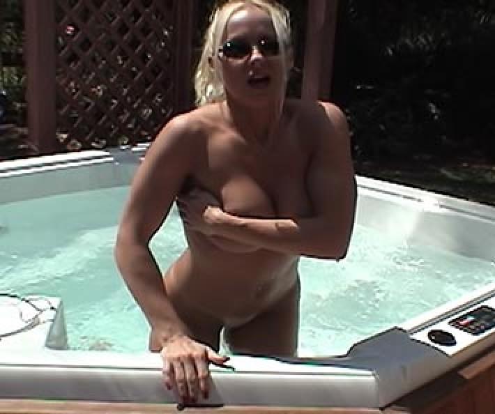 Hot Tub Hoochie